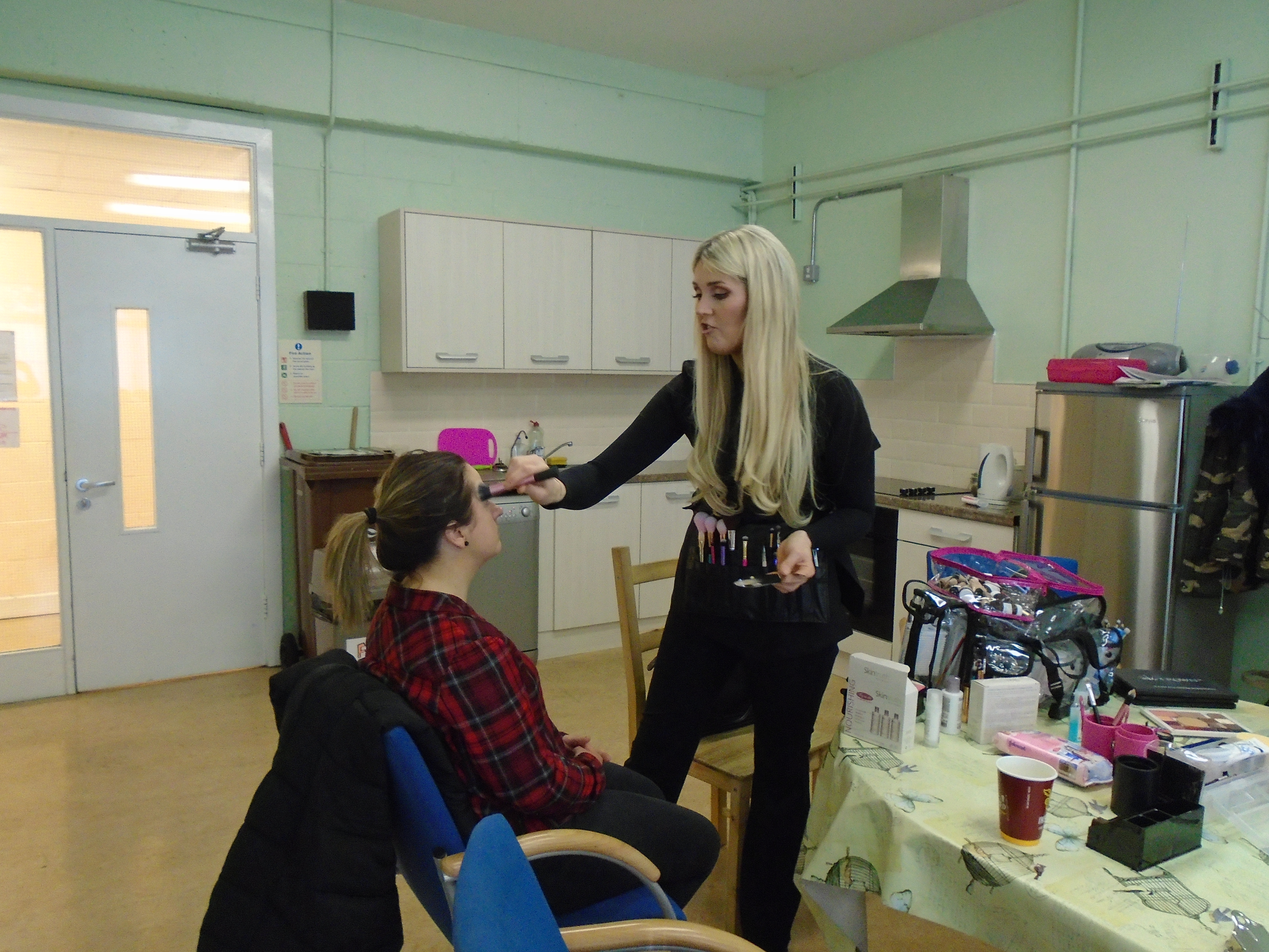 hair and beauty the make up bit 001